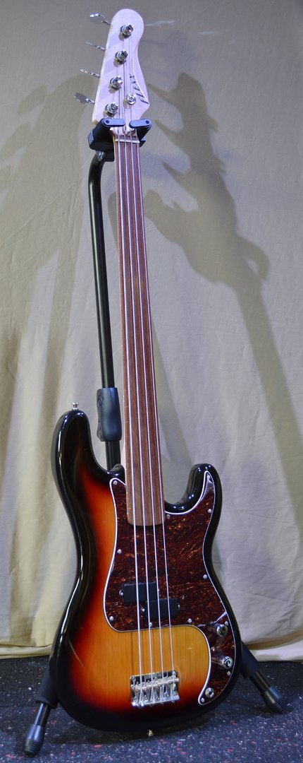 FLEXX Peter4 - 3 Tone Sunburst - Fretless